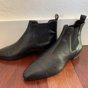 Banana Republic Short Chelsea leather boot